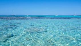 Verbazend landschap van het charmante strand S Trencs Het heeft de reputatie van Caraïbisch strand van Mallorca verdiend stock afbeeldingen