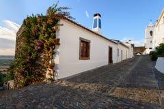 Verbazend landschap van het middeleeuwse dorp van Monsaraz in Alentejo royalty-vrije stock foto