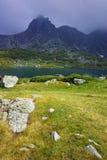 Verbazend panorama van het Tweelingmeer, de Zeven Rila-Meren Stock Foto