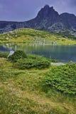 Verbazend panorama van het Tweelingmeer, de Zeven Rila-Meren Stock Afbeeldingen