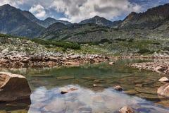 Verbazend Panorama van Musalenski-meren en Musala-piek, Rila-berg Stock Afbeeldingen