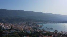 Verbazend panorama van Porose Griekenland Zonnige dag in Grieks eiland Lucht video4k-lengte stock video