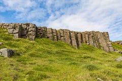 Verbazend Toneeldieberglandschap op IJsland wordt geschoten royalty-vrije stock afbeeldingen