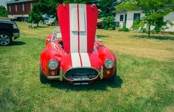 Verbazend vooraanzicht van klassieke uitstekende sportraceauto Royalty-vrije Stock Afbeeldingen