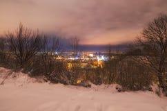 Verbazende avondcityscape van PodilPodol-district bij de winter Stock Afbeelding