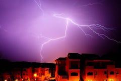Verbazende bout van verlichting bij nacht in Spanje royalty-vrije stock foto's