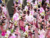 Verbazende extravagantie tijdens jaarlijks Carnaval in Rio de Janeiro stock foto's