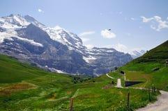 Verbazende landschappen in Zwitserland stock fotografie