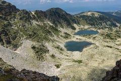Verbazende mening aan Musalenski-meren van Musala-Piek, Rila-berg Stock Fotografie