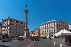 Verbazende mening van Colonna-dellatempo in stad van Rome, Italië stock fotografie