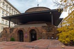 Verbazende mening van Kerk St George Rotunda in Sofia, Bulgarije Stock Foto
