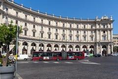 Verbazende mening van piazza dellarepubblica, Rome, Italië Stock Fotografie