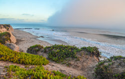 Verbazende mening van Vreedzame kust dichtbij Santa Barbara, Californië stock afbeeldingen