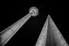 Verbazende toren in Berlijn stock fotografie