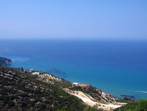 Verbazende turkooise kustlijn royalty-vrije stock fotografie