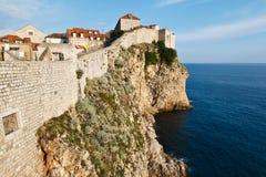 Verbazende Verdedigingsmuur Dubrovnik Stock Foto