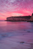 Verbazende vurige overzeese zonsondergang Royalty-vrije Stock Foto