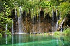 Verbazende watervallen Stock Foto's