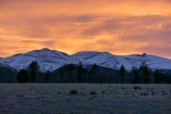 Verbazende Zonsondergang achter Onderstel Sherman, Colorado Royalty-vrije Stock Foto's