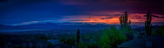 Verbazende zonsondergang langs de Wasatch-bergketen in Utah royalty-vrije stock fotografie