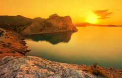 Verbazende zonsopgang over het overzees Stock Afbeelding