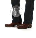 Verbergen Sie tragen Pistole in der Röntgenstrahl-Ansicht stockfotos