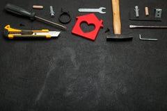 Verbeteringshuis, hulpmiddelen en reparatieflat Exemplaarruimte voor tekst royalty-vrije stock foto's