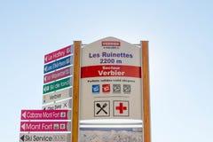 Verbier/Swizterland -09 09 18 : difficulté verbier de pente de direction de l'information de panneau de ski d'altitude photos libres de droits