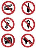 Verbieten Sie Zeichen auf den Hunden und rauchen, die Nahrung und trinken, Kamera Stockfotografie