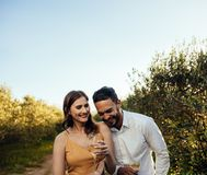 Verbinden Sie romantische Momente zusammen verbringen stockfotografie