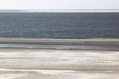 Verbindingen op zandbank dichtbij Hollum, Ameland Royalty-vrije Stock Afbeeldingen