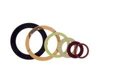 Verbindingen, pakkingen en O-ringen op wit worden geïsoleerd dat royalty-vrije stock afbeelding