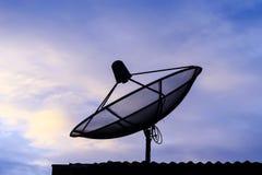 Verbindung über Satelitteplatte Lizenzfreies Stockbild