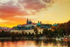 Överblick av gammala Prague Arkivbild