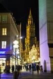 Överblick av Marienplatz i Munich Arkivfoton