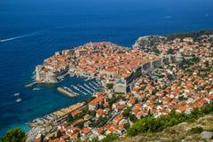 Överblick till den gamla staden av Dubrovnik, Kroatien royaltyfri foto