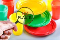 Verbod op plastic schotels stock foto's
