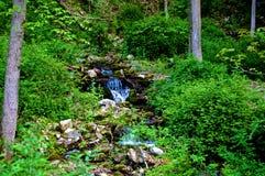 Verborgen Waterval Stock Foto's