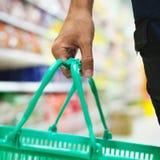 Verbraucherkorb Stockbild