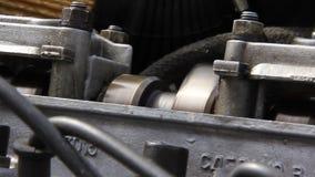 Verbrennungsmotor. Antriebsachse stock footage
