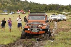 Verbrijzeling Beige Jeep Wrangler Off-Roader V8 Royalty-vrije Stock Foto