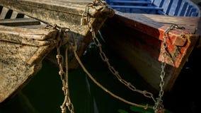 Verbundene Boote stockfotografie