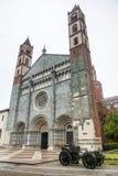 Vercelli kyrka av Sant'Andrea Arkivfoto