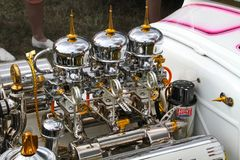 Verchroomd Cadillac v8 royalty-vrije stock afbeeldingen