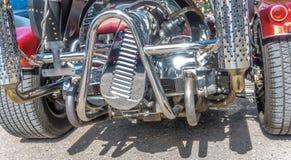 Verchroomd motorblok van een trike stock foto