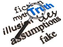 Verdad del hallazgo sobre mentiras y mito Imagenes de archivo