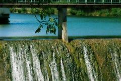 Verdammung auf dem Fluss Stockfoto