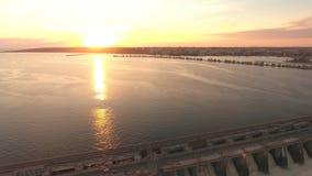 Verdammung auf dem Fluss Volga-Luftschießen stock video footage