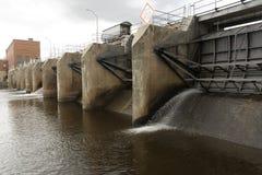 Verdammung auf Wisconsin River lizenzfreie stockfotos