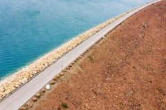 Verdammung des hohen Insel-Reservoirs lizenzfreie stockfotografie